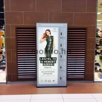 Auchan mobiltöltő állomás