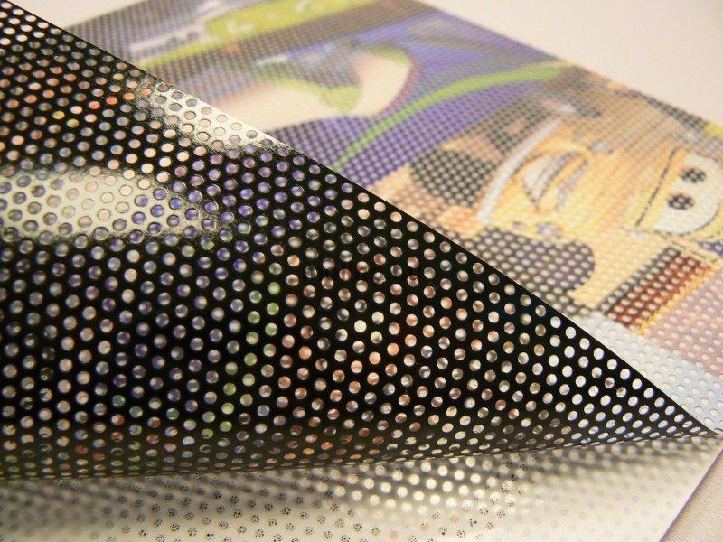 Perforált ablakfólia / Lyukacsos fólia 02