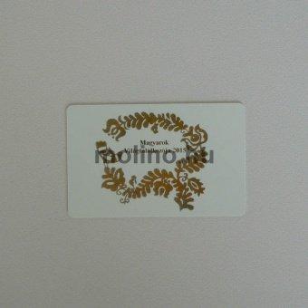 Fehér plasztikkártya 001