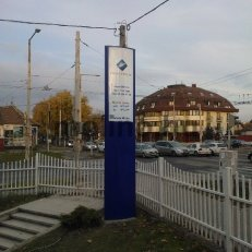 Kültéri világító totemoszlop