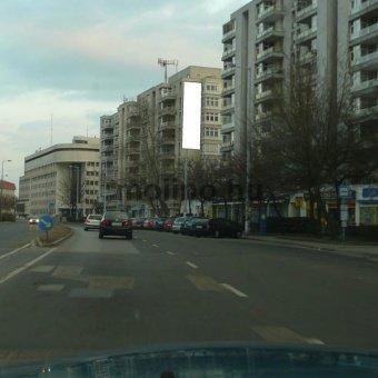 Kecskemét belváros, Dobó krt. centrum irányába