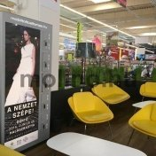Mobiltöltő Auchan 06