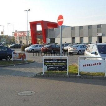 Interspar / Spar parkoló reklámtábla