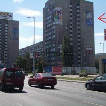 Szentendrei út - Bogdáni út sarok Árpád Híd felé JOBB