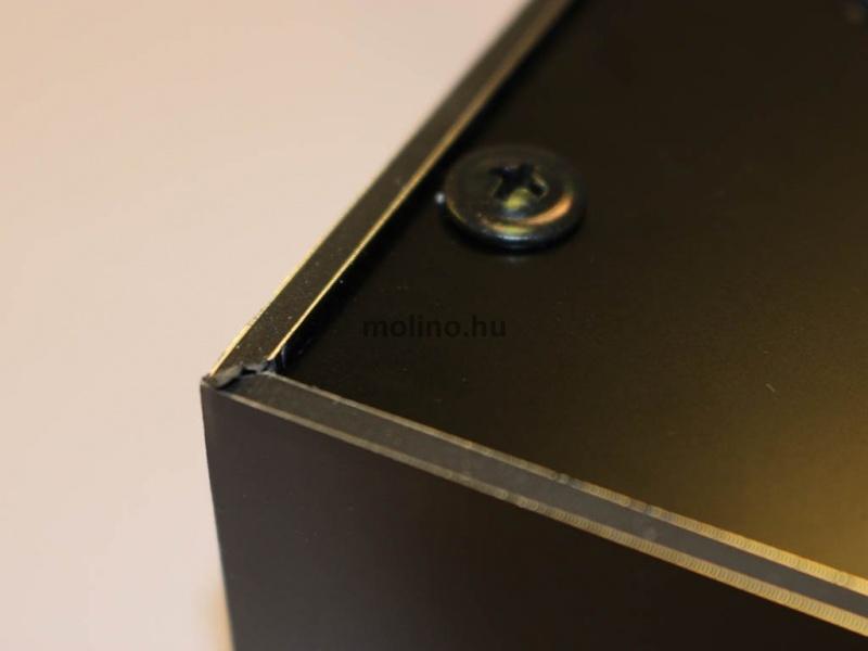 Hajlított dibond világító doboz 016