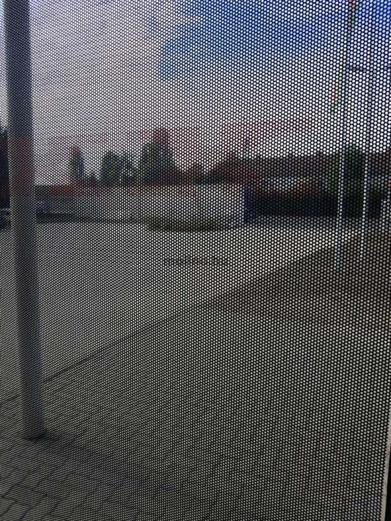 perforált ablakmatrica 009